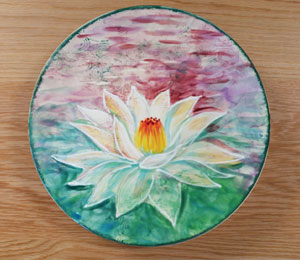 Highland Village Lotus Flower Plate